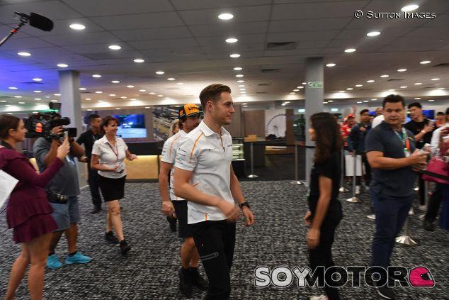 Stoffel Vandoorne en Singapur - SoyMotor
