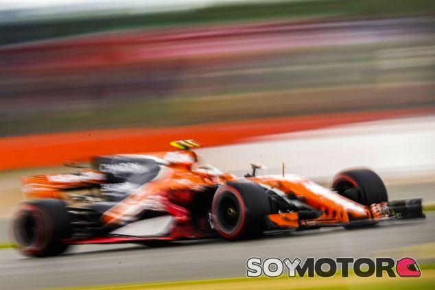 Stoffel Vandoorne durante el pasado Gran Premio de Gran Bretaña - SoyMotor.com