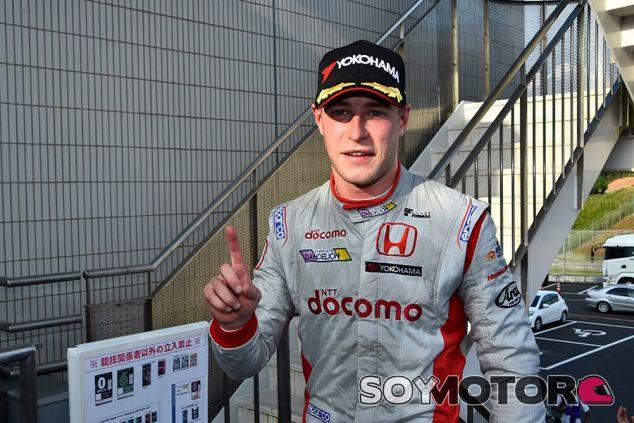 Stoffel Vandoorne tras su victoria en Okayama - LaF1