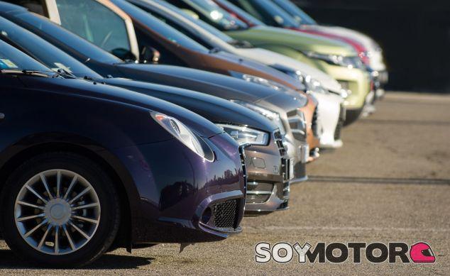 Todo son buenos deseos entre los conductores españoles - SoyMotor