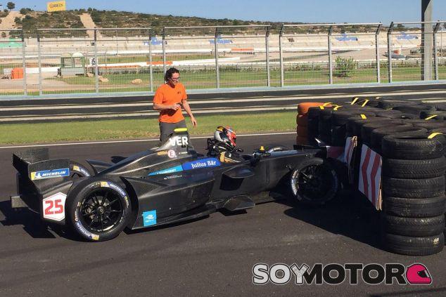 Jean-Éric Vergne ha tenido un accidente en la chicane de Valencia - SoyMotor