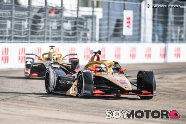 Vergne, sancionado con servicios comunitarios por la FIA por pedir que Lotterer hiciese 'un Piquet' en Nueva York – SoyMotor.com