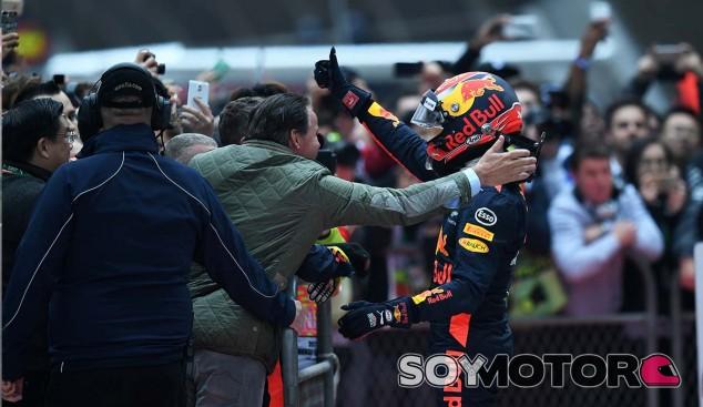"""Verstappen, tercero: """"No lo esperaba, y menos saliendo decimosexto"""" - SoyMotor.com"""