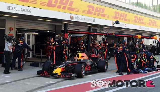 Red Bull en el GP de Rusia F1 2017: Domingo - SoyMotor.com