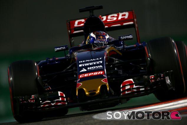Verstappen se quedó a las puertas de la Q3, justo por detrás de Sainz - LaF1