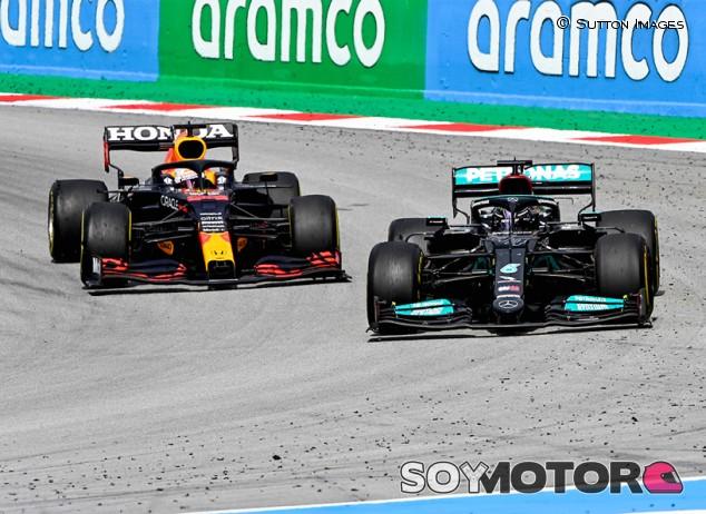 """Ecclestone: """"Vuelve a haber dos pilotos en igualdad, como con Senna y Prost"""" - SoyMotor.com"""