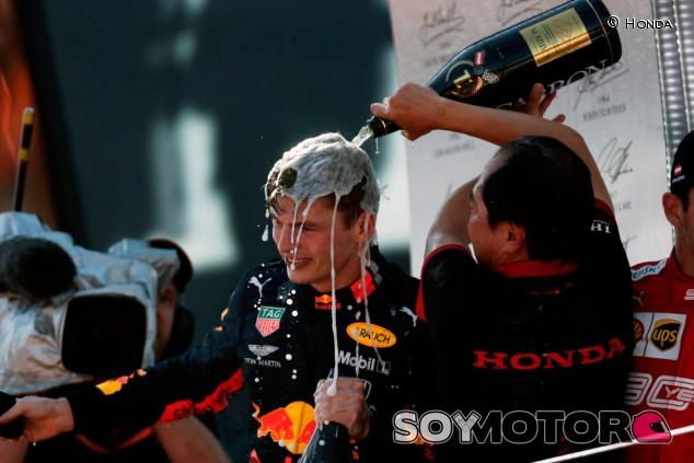 Verstappen decidirá su futuro en marzo, según Doornbos - SoyMotor.com