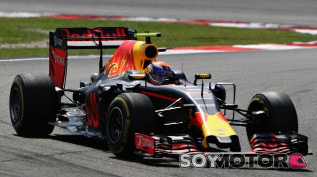 Verstappen durante el GP de Malasia - SoyMotor