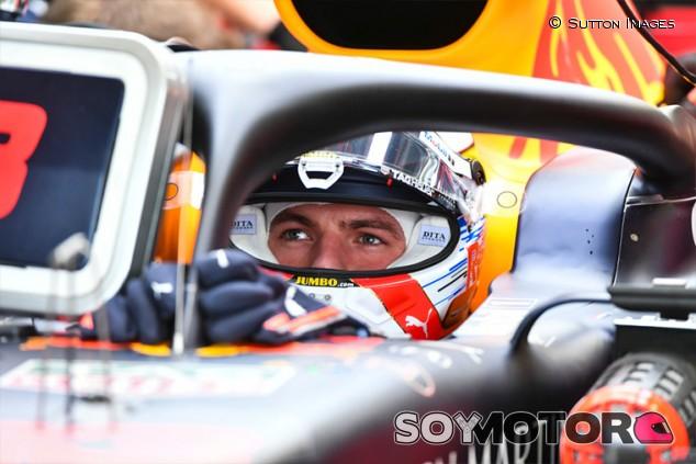 Verstappen compara a los comisarios de F1 con los árbitros de fútbol - SoyMotor.com