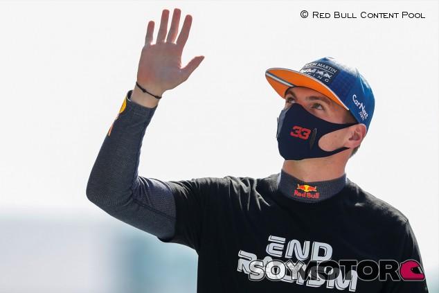 Verstappen tiene una cláusula que le permite irse de Red Bull tras 2021 - SoyMotor.com