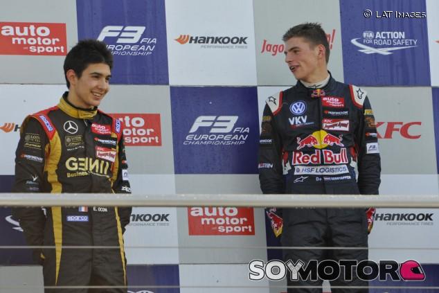 "El ascenso de Verstappen a la F1 fue ""difícil de digerir"" para Ocon - SoyMotor.com"