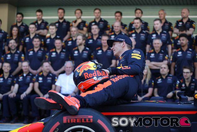 Max Verstappen en Yas Marina - SoyMotor.com
