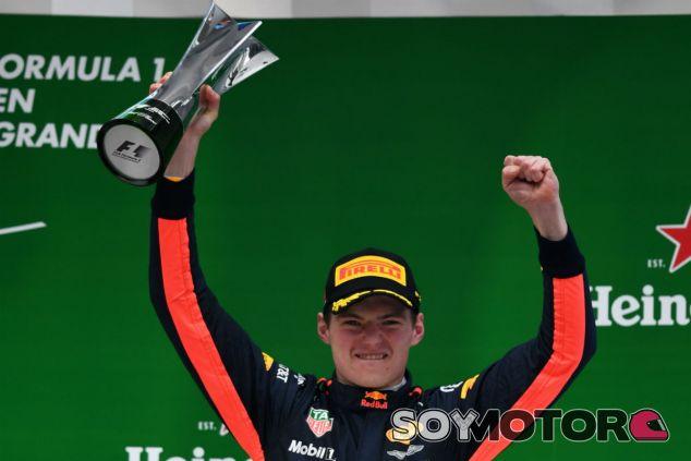 Verstappen, elegido Piloto del Día en el GP de China - SoyMotor