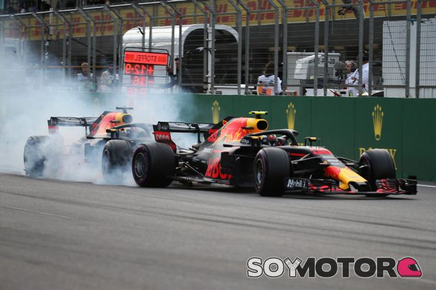 Max Verstappen y Daniel Ricciardo en Bakú - SoyMotor.com