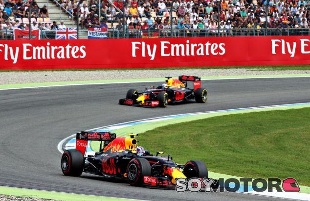 Max Verstappen y Daniel Ricciardo en Hockenheim - LaF1