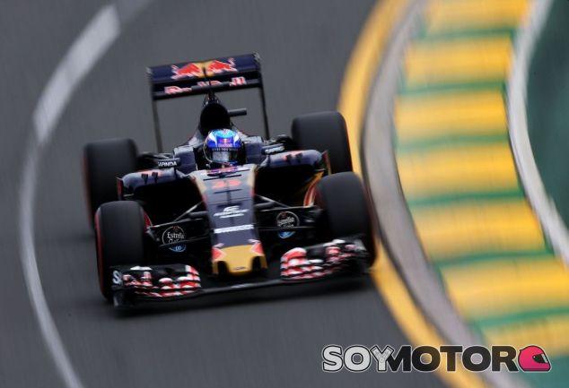 Max Verstappen se muestra irónico con la FIA - LaF1