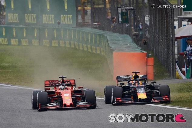 Sebastian Vettel y Max Verstappen pelean en el GP de China F1 2019 - SoyMotor