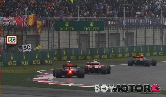 La remontada de nueve posiciones en una vuelta de Verstappen - SoyMotor.com