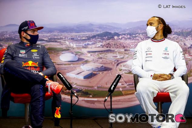 Marko reta a Mercedes: a que no remontáis así cuando penalicéis - SoyMotor.com