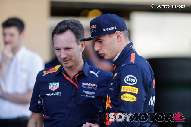 Christian Horner y Max Verstappen – SoyMotor.com