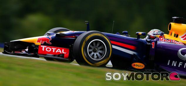 """Vettel: """"Hemos parado porque queríamos ahorrar kilómetros"""" - LaF1.es"""