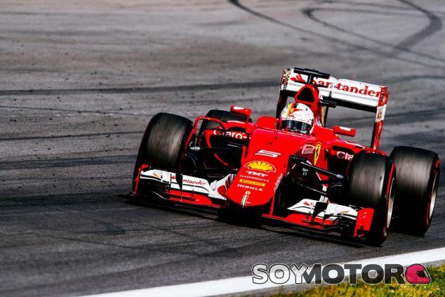 Primero, dar lo máximo, y luego, ver qué hace Mercedes, esa es la estrategia de Vettel - LaF1