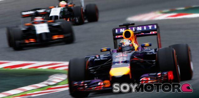 """Mateschitz: """"Vettel ha pilotado como un campeón del mundo"""""""