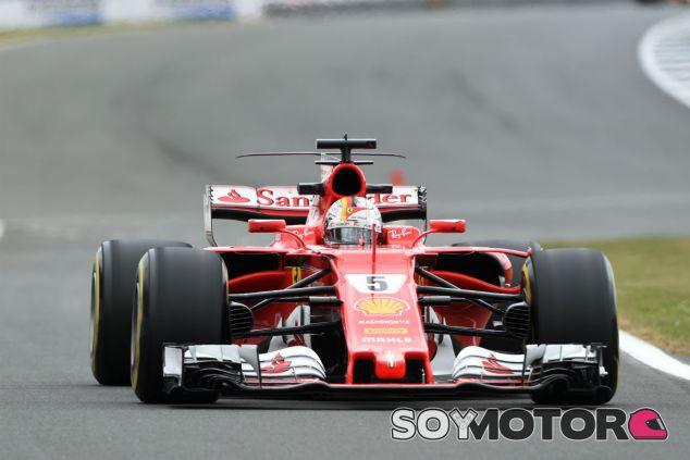 """Vettel y su renovación con Ferrari: """"Ni el equipo ni yo tenemos prisa"""" - SoyMotor.com"""