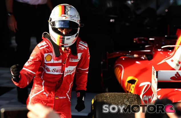 Sebastian Vettel celebra su victoria en Melbourne - SoyMotor