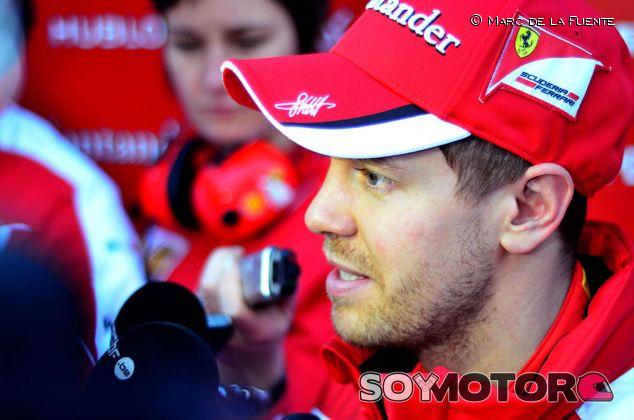 Sebastian Vettel durante su rueda de prensa - LaF1