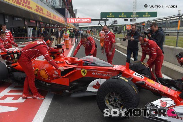 El escudo en el Ferrari, en Silverstone - SoyMotor