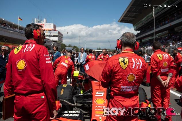La nueva normalidad en F1: máximo 80 personas por equipo - SoyMotor.com