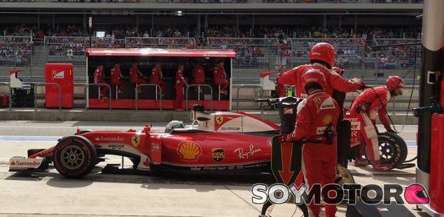 Vettel tras un pit stop en Austin - LaF1