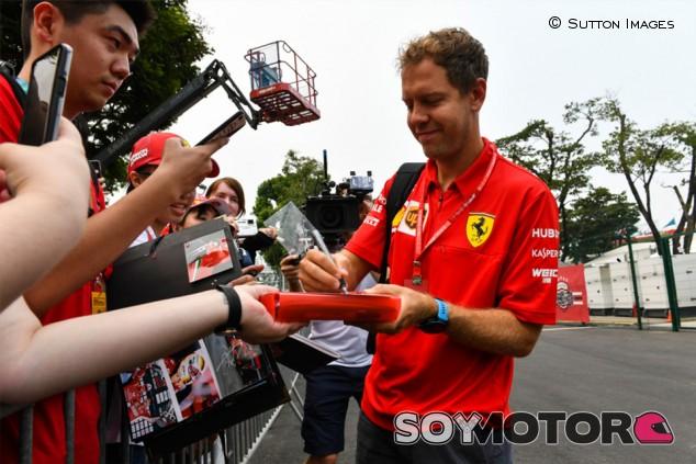 Las postales navideñas sin respuesta de Vettel - SoyMotor.com