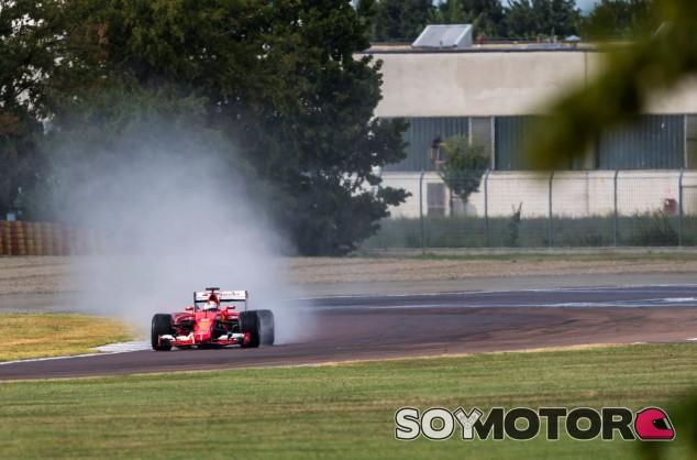 Vettel en un test de Pirelli en Fiorano en verano del año pasado - SoyMotor