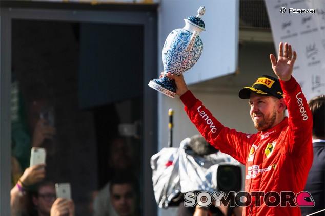 Sebastian Vettel en el podio del GP de Hungría F1 2019 - SoyMotor.com