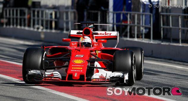 Sebastian Vettel en los test de Barcelona - SoyMotor