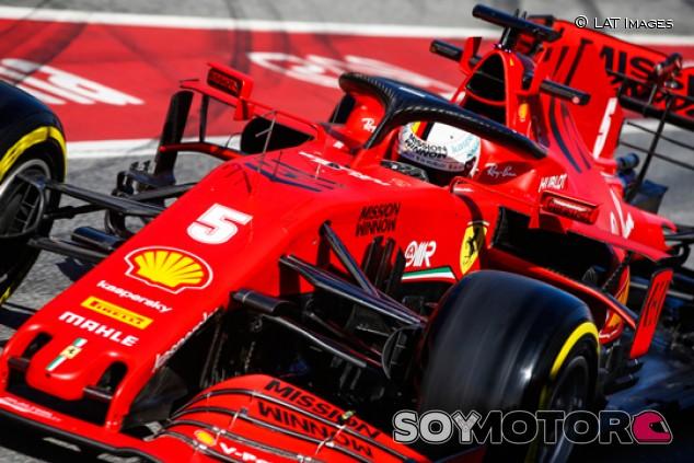 La carga aerodinámica no justifica el peso de los coches, según Vettel - SoyMotor.com