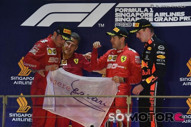 """Binotto admite que """"dejaron ganar"""" a Vettel en Singapur - SoyMotor.com"""