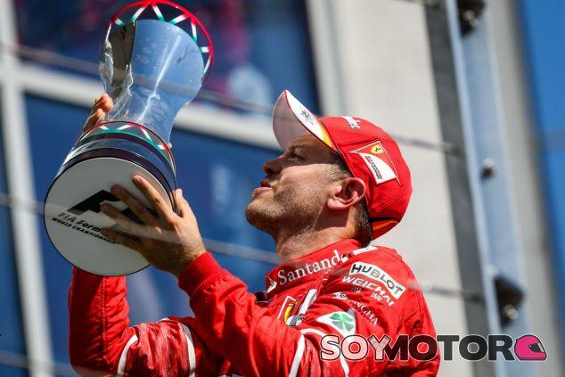 Vettel, tras lograr la victoria en Hungría - SoyMotor.com