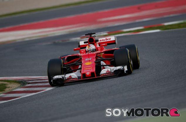 Sebastian Vettel en el día 5 de tests en el Circuit de Barcelona-Catalunya - SoyMotor