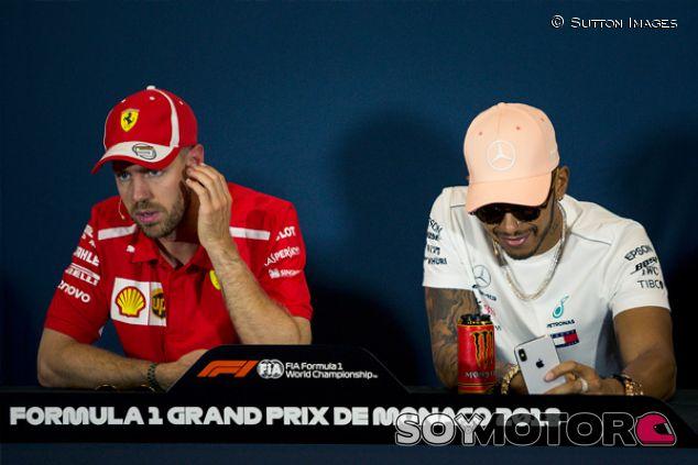 Sebastian Vettel y Lewis Hamilton en Mónaco - SoyMotor.com
