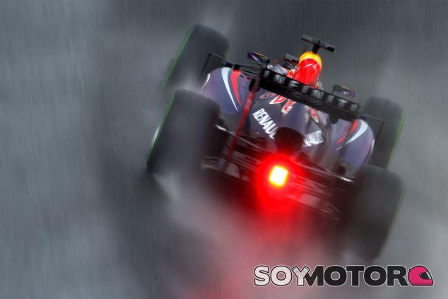 Sebastian Vettel en la lluvia de Interlagos - LaF1