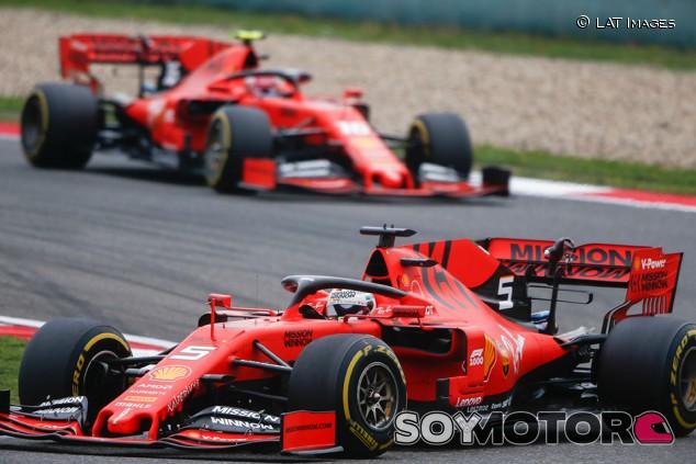 Ferrari imparte órdenes de equipo en China para priorizar a Vettel - SoyMotor.com