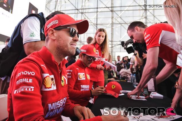 Vettel defiende la alineación actual de Ferrari tras los rumores de retirada - SoyMotor.com