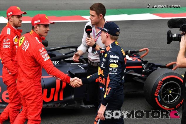 La FIA sanciona a Verstappen por no levantar con bandera amarilla - SoyMotor.com