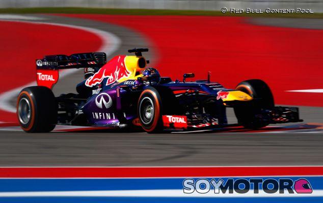 Vettel destroza el cronómetro y repite liderato en los Libres 3