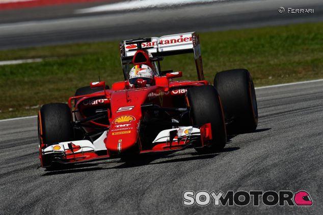 Sebastian Vettel con el SF15-T en Malasia - LaF1.es