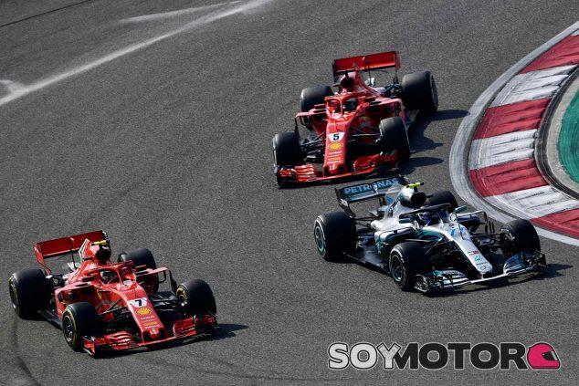 Vettel y Räikkönen en Shanghái - SoyMotor.com