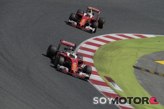 Vettel y Räikkönen en el GP de España - SoyMotor